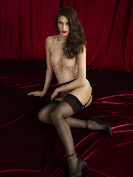 Fiore Amante - Premium quality stockings with a sensuous patterned flat top