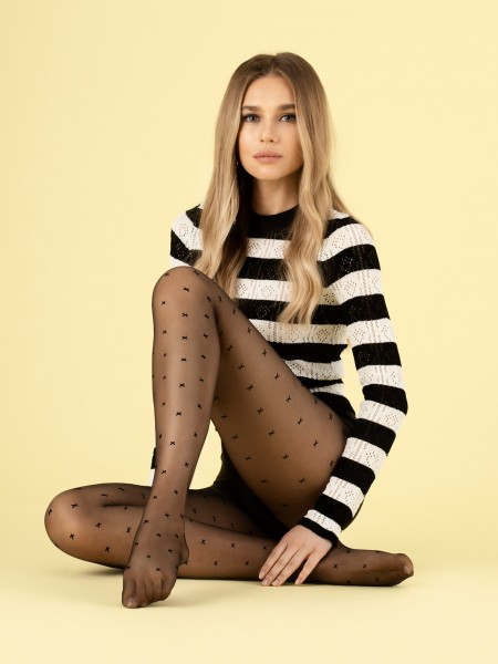Fiore - 8 denier sheer tights with subtle x-pattern
