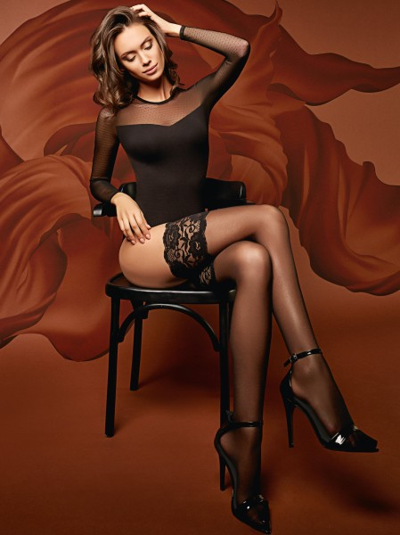 GIULIA - Elegant hold ups with extra wide floral pattern lace top