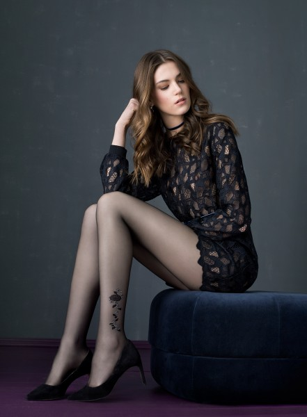 Fiore Desert Rose - 20 denier tattoo effect tights with rose pattern