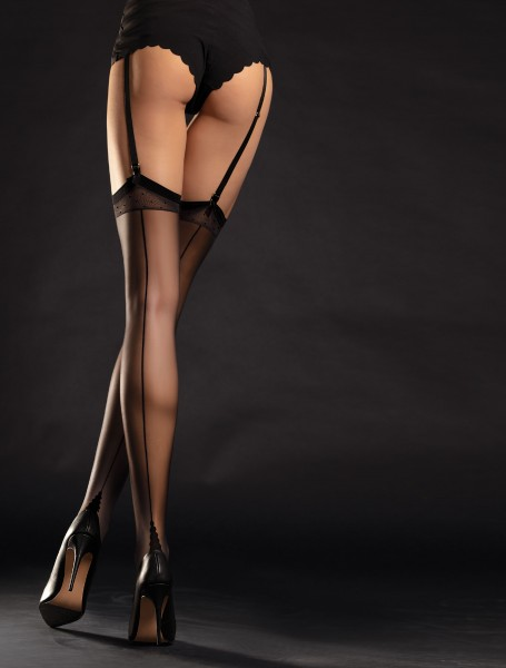 Fiore Diva - Back seam stockings with a close fitting flat top with polka dots