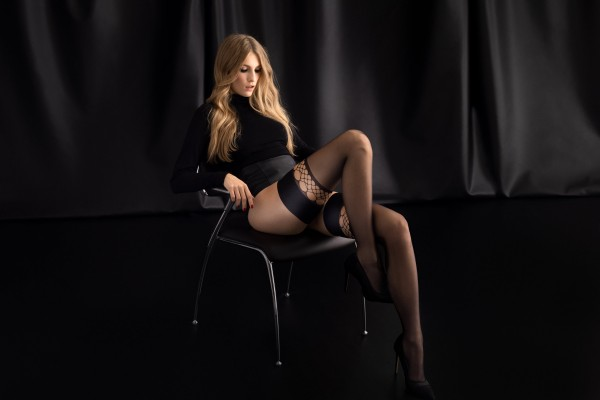 Fiore - Sensuous hold ups with sophisticated fishnet details